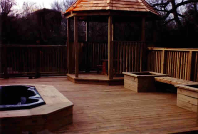 32 Treated Pine Deck And Octagonal Gazebo Fences