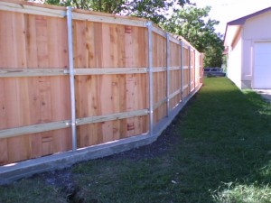 20 Board On Board Cedar Fence With Concrete Footer